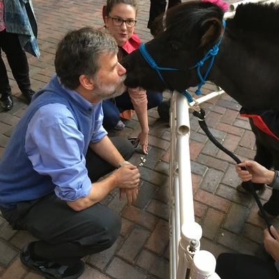Fiona Fudge gives smooches at the National Science Foundation